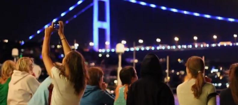 Boğaz'da Yemekli Tekne Turu & Türk Gecesi